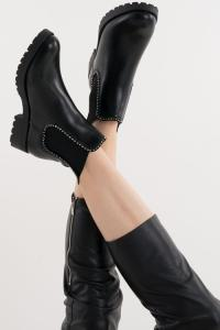 BEADED CHELSEA BOOTS IN BLACK